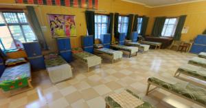 1-girls-hostel5-300x158